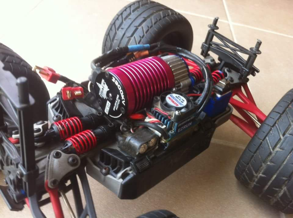 1/16 Traxxas Summit and E-Revo Brushless - R/C Tech Forums