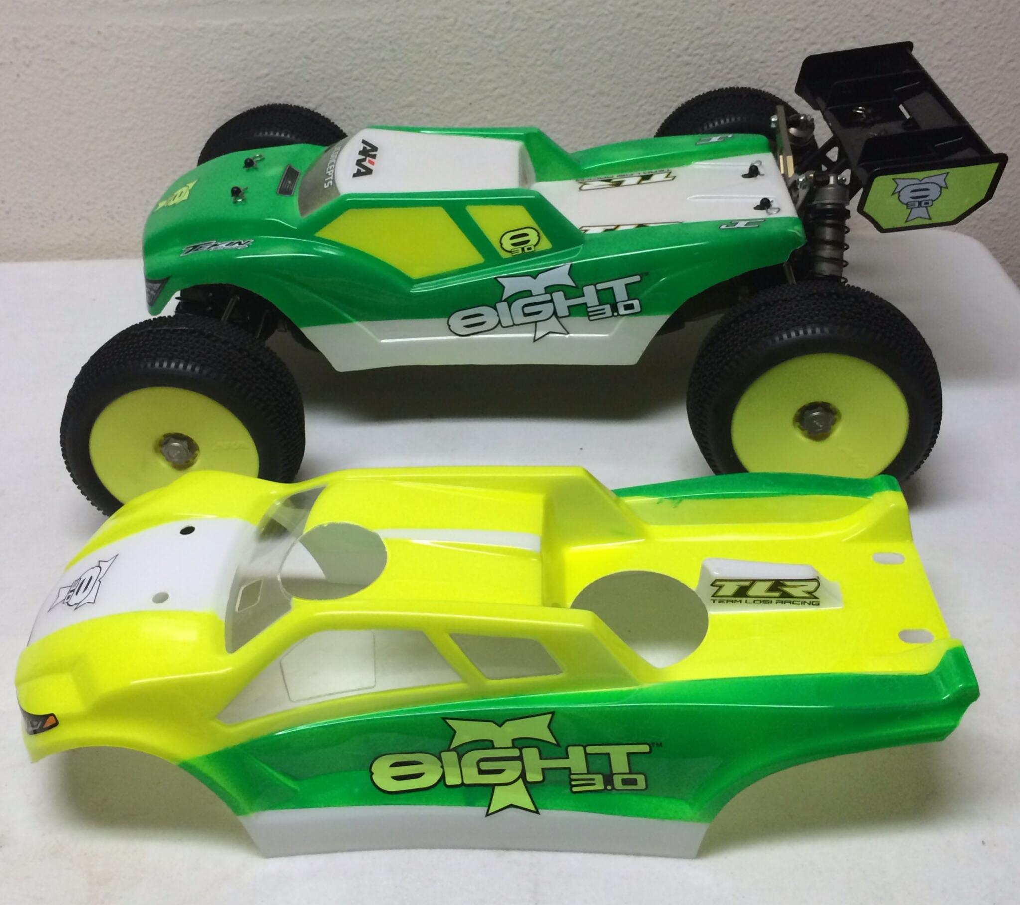 TLR 8ight T 3 0 body options image