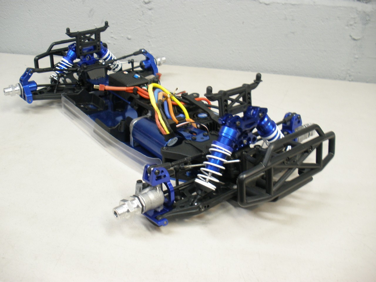 Redcat Racing BS803-001 Blue Aluminum Chassis Aftershock Backdraft Earthquake 8E