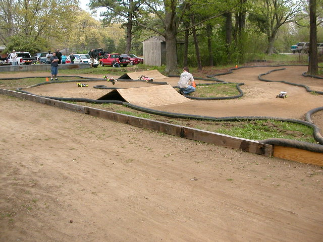Building a track in my backyard. ohh yeah!!!! - R/C Tech ...