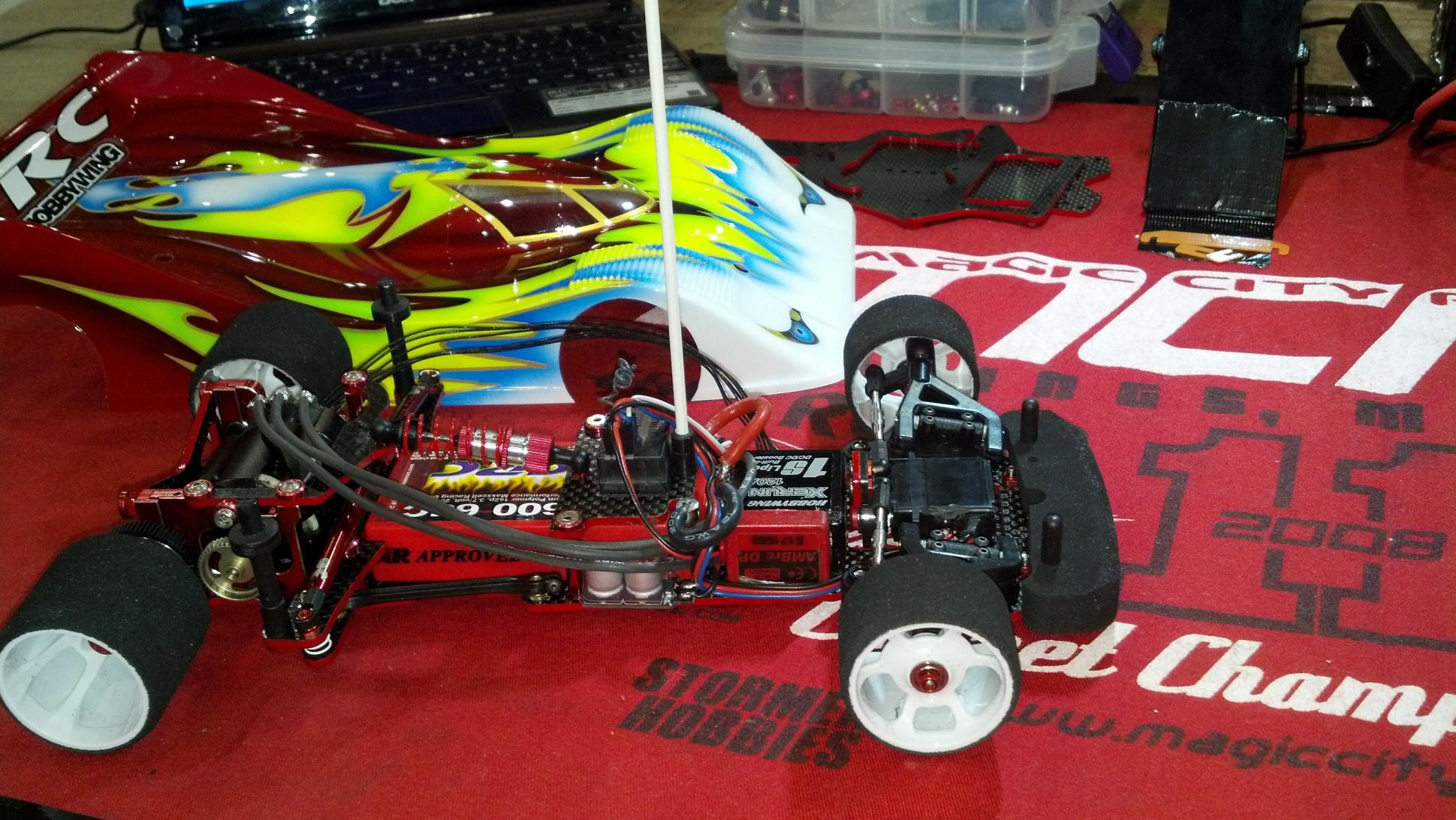 1014302d1357624869-announcing-new-team-crc-xti-1-12th-scale-2013-01-04_22-29-02_182.jpg