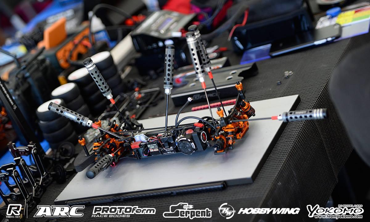 Black Car Orlando >> Xray T4'17 - Page 4 - R/C Tech Forums