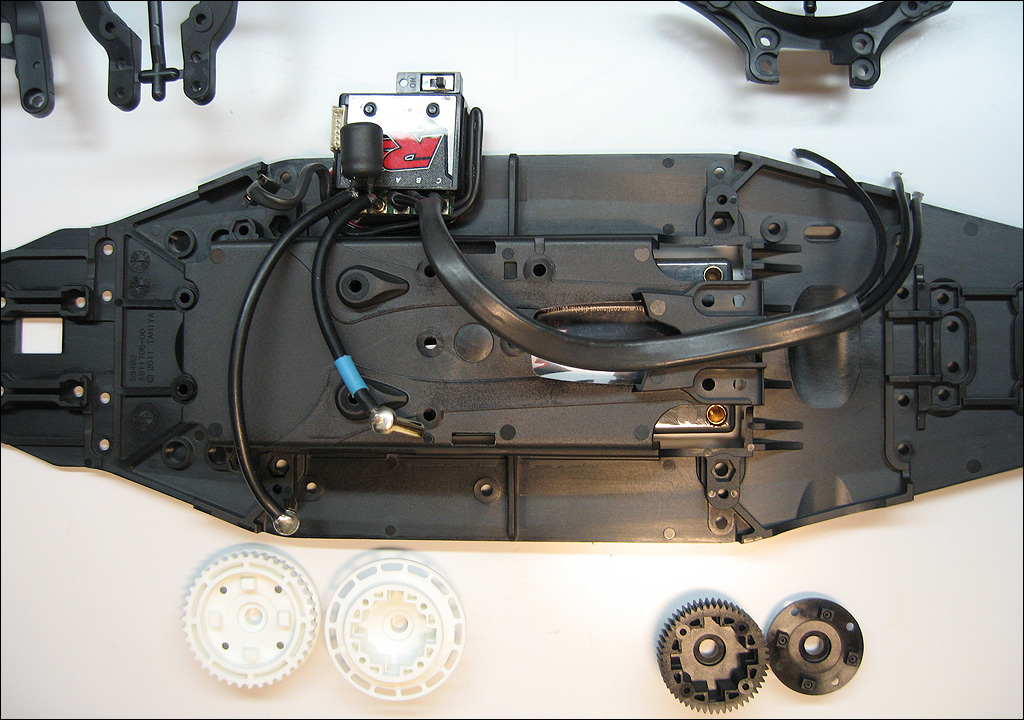Driftmission tamiya ta06 build (43)