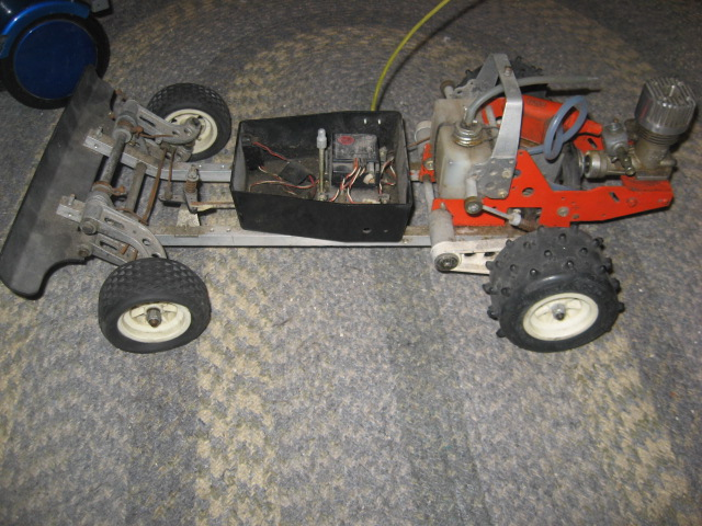 Old Kyosho Rc Car Stearring Knuckle Broken R C Tech Forums