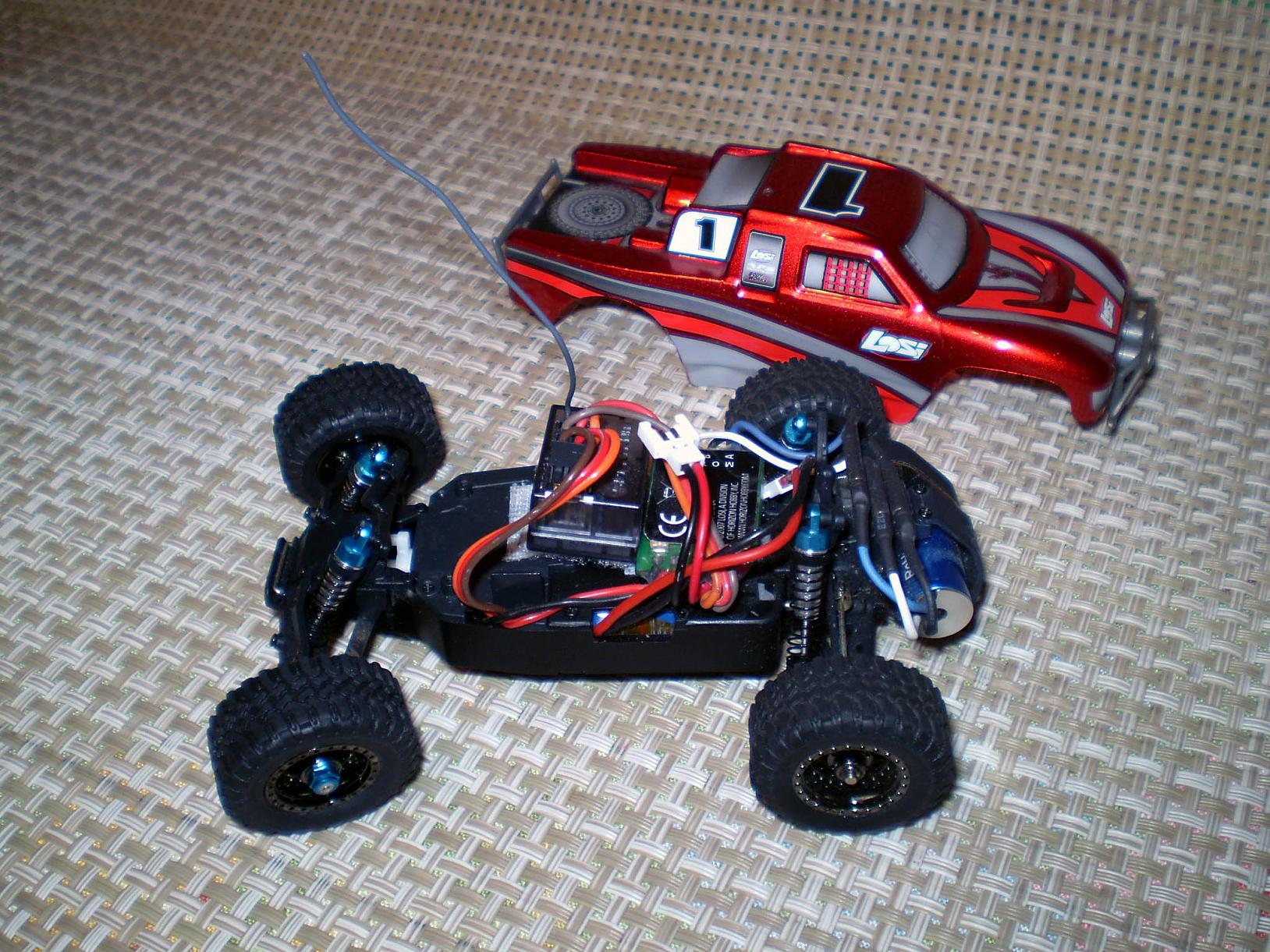 RC Pocket Racers