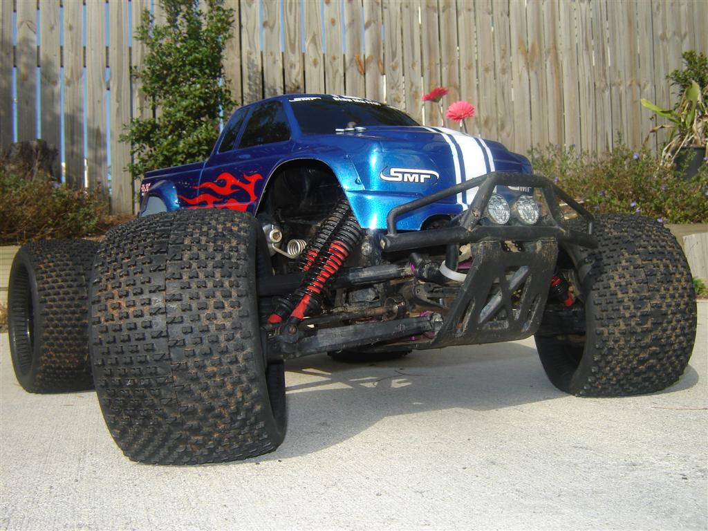 werners homemade steel solid axles monster truck 1/5
