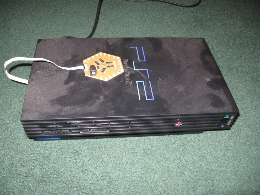 Broken PS2 With Mod Chip Img 0760