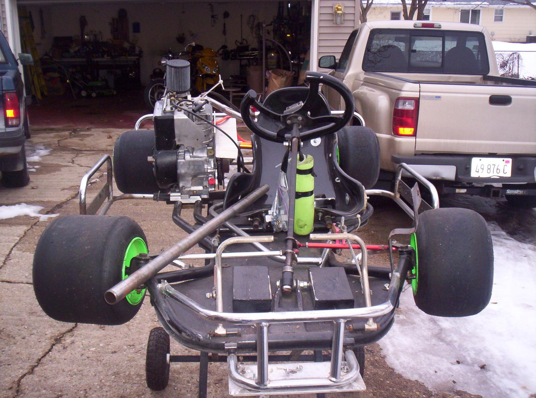 Racing Go Karts 1 kid kart 1 fullsize kart - R/C Tech Forums