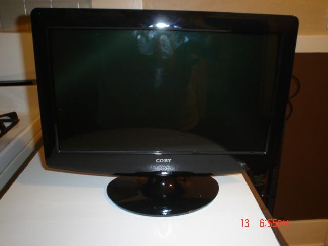 tv 15 inch. 15 Inch Flat Screen TV Like New! Tv L