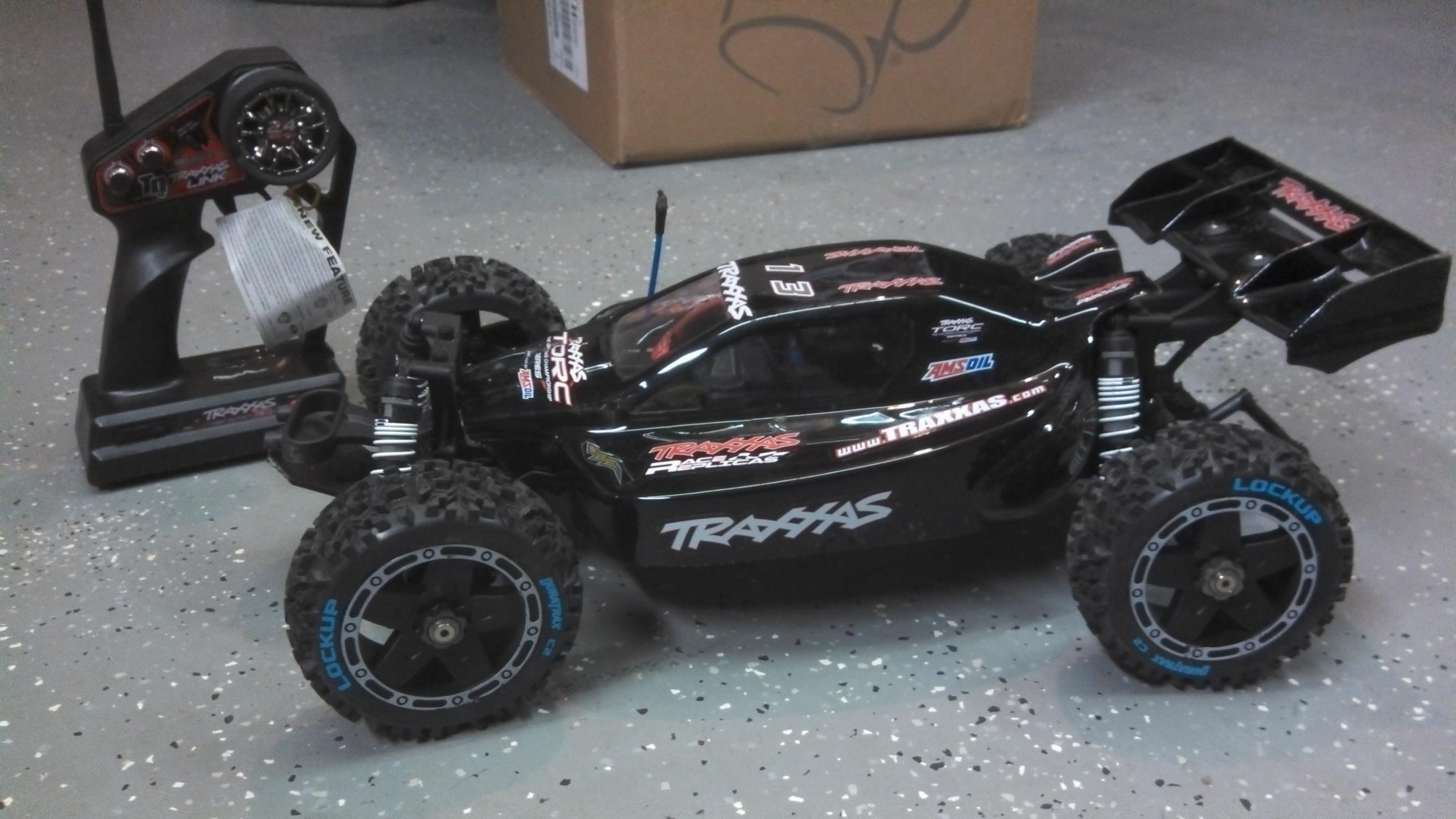 traxxas buggy 4x4 with 689154 Axial Wraith Traxxas Backslash 4x4 Sale Trade on Buggy Enfant 24ghz Servo Tronic 1 20 Carrera C2x15468834 as well 5000 Rc701g Tracker Rtr 4x4 24ghz Rc System furthermore 2 New Pro Line 2017 Ford F 150 Raptor Bodies as well 18 Electric RC Truck in addition Bigfoot Monster Truck.