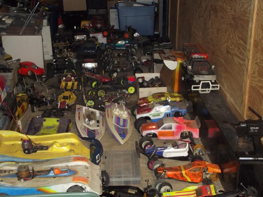 rc toy buggies with 705670 Vintage Rc Lot 75 Cars Tons Parts on Kd Gk110g 2 in addition Kyosho Nitro And Electric 17 Scorpion B Xxl Buggies as well Hsp Monster Truck Special Edition 94111 Rc Truck in addition The Coolest 1 4 Scale Monster Truck Ever  plete With Killer V8 Video 85179 moreover Showroom model.