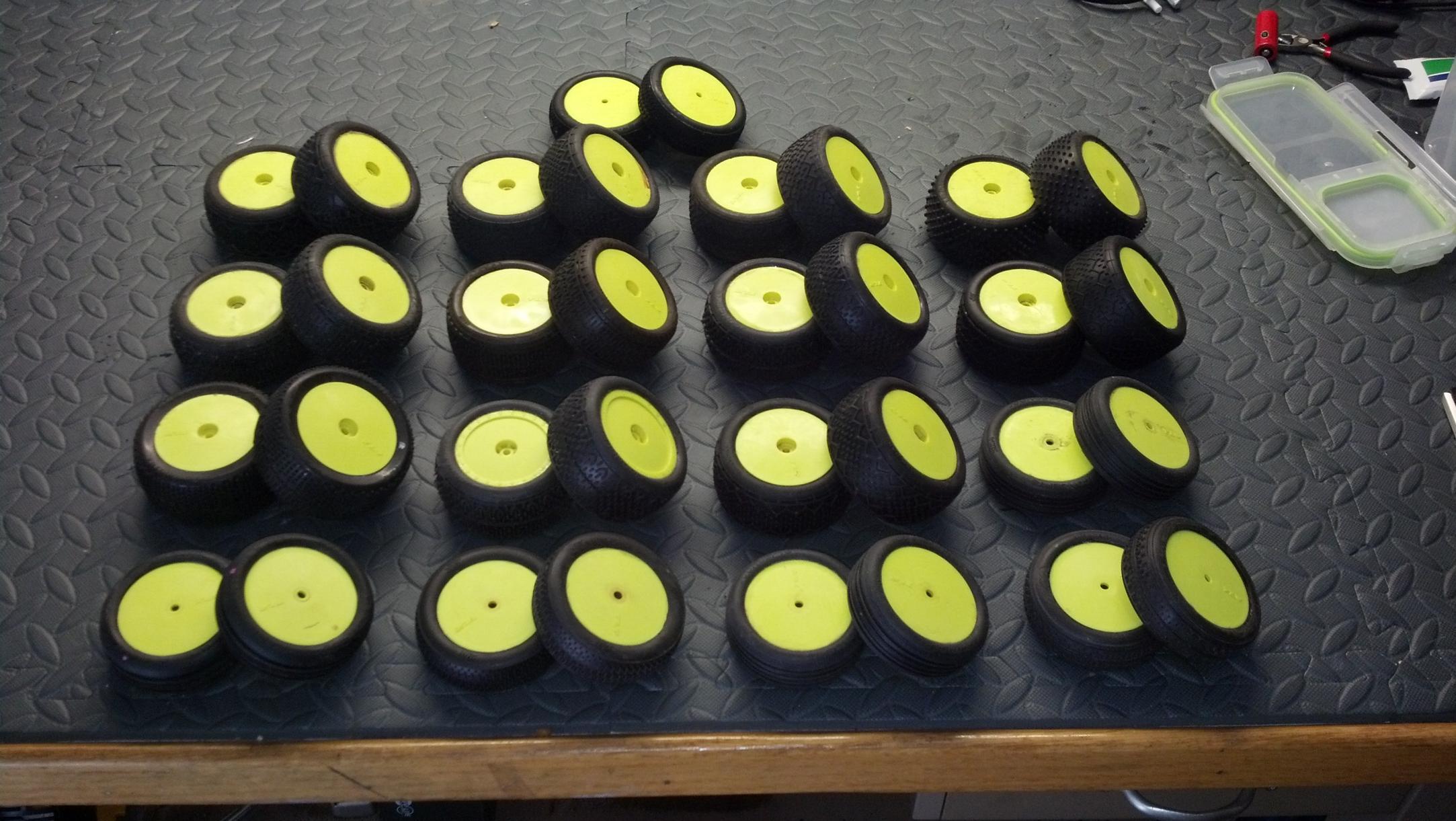 Used Huge Tires D Huge Tlr Buggy Tire Lot Sale Img