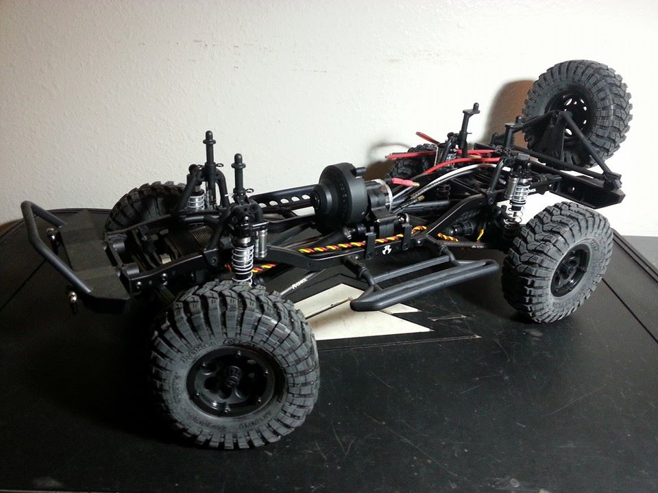 ~BRAND NEW~ Axial SCX10 Jeep Wrangler Unlimited Rubicon /w Accessories  1897883_808237189204687_1450518103_n.