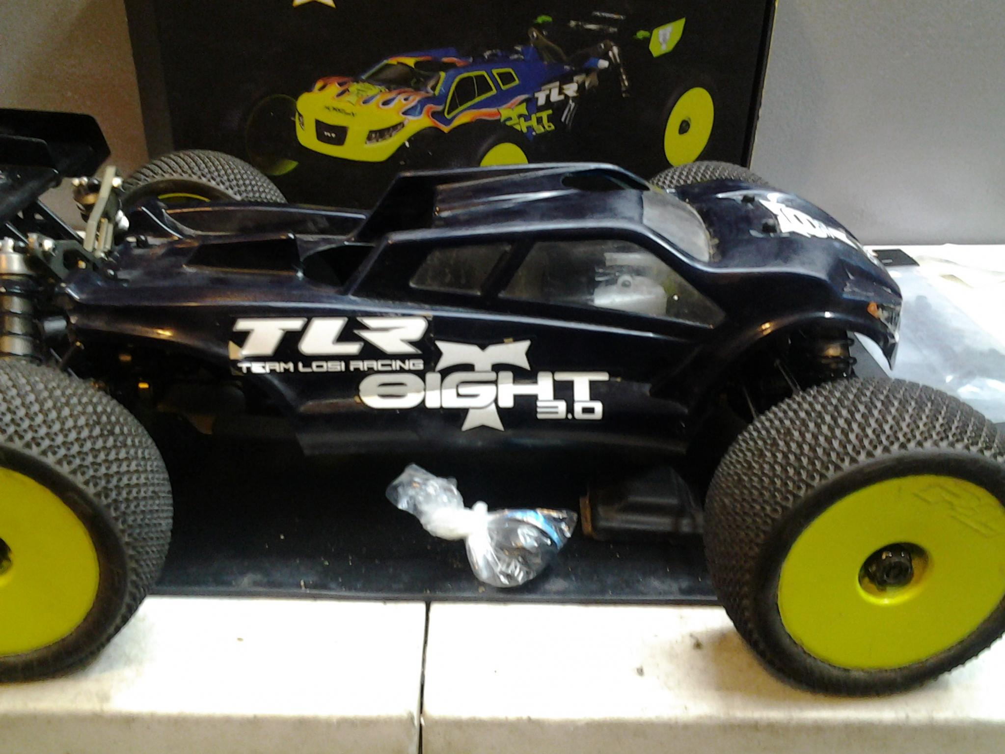 tlr team losi 8ight t 3 0 truggy great shape