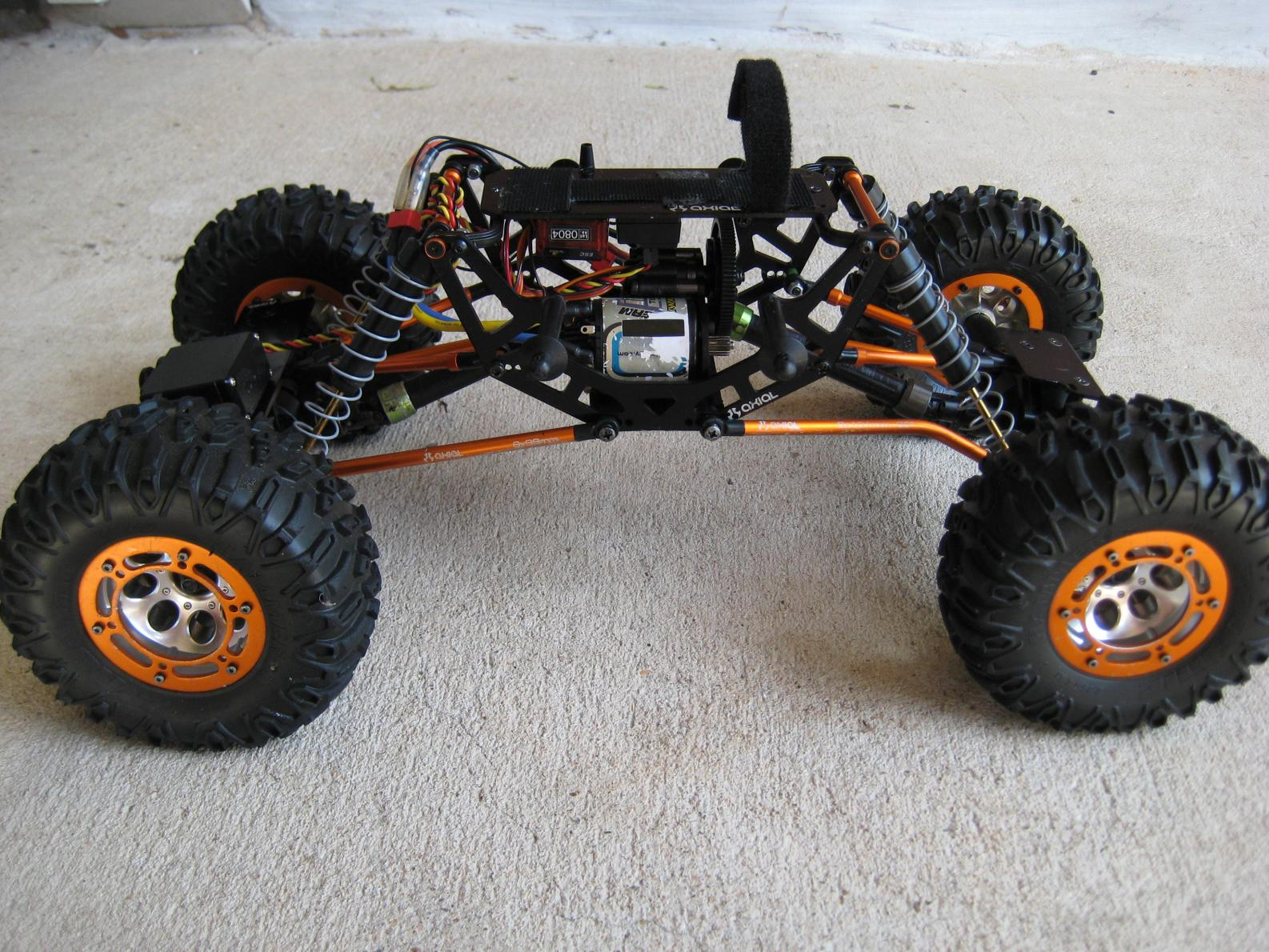Axial Ax10 Scorpion Rtr With Extra Parts Lipo 5000 2s