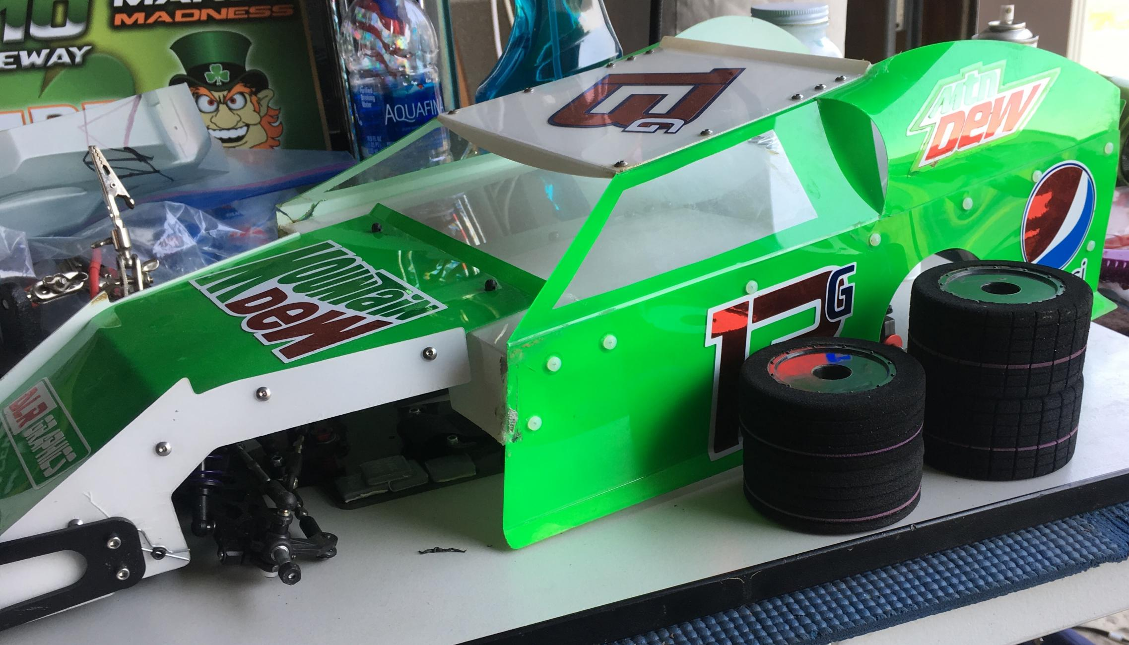 2017 GFRP M1 Midwest Modified Dirt Oval Chassis and AFX