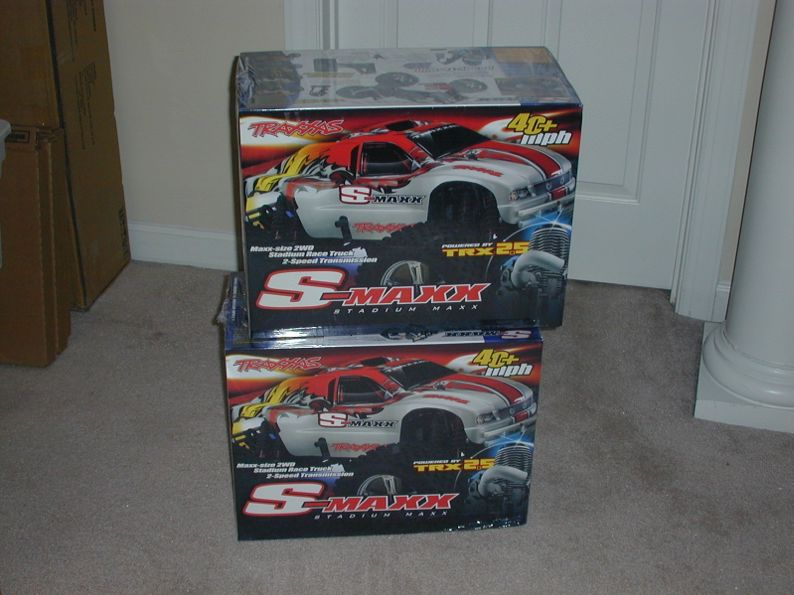brand new in box traxxas s maxx r c tech forums. Black Bedroom Furniture Sets. Home Design Ideas