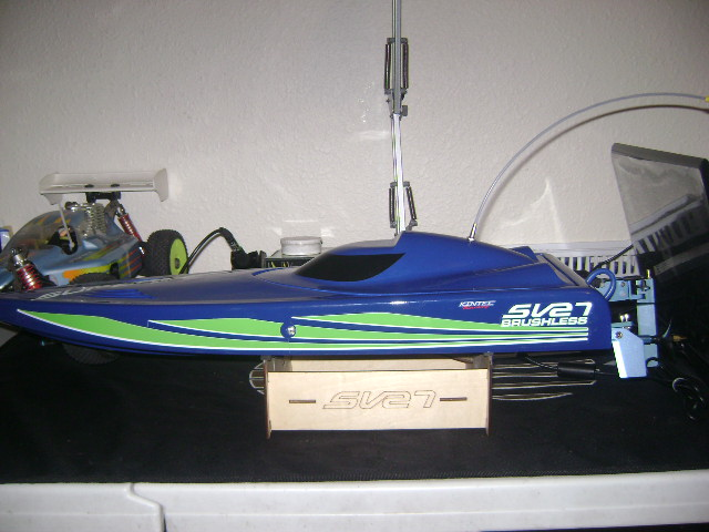 F/S aquacraft supervee 27 brushless boat - R/C Tech Forums