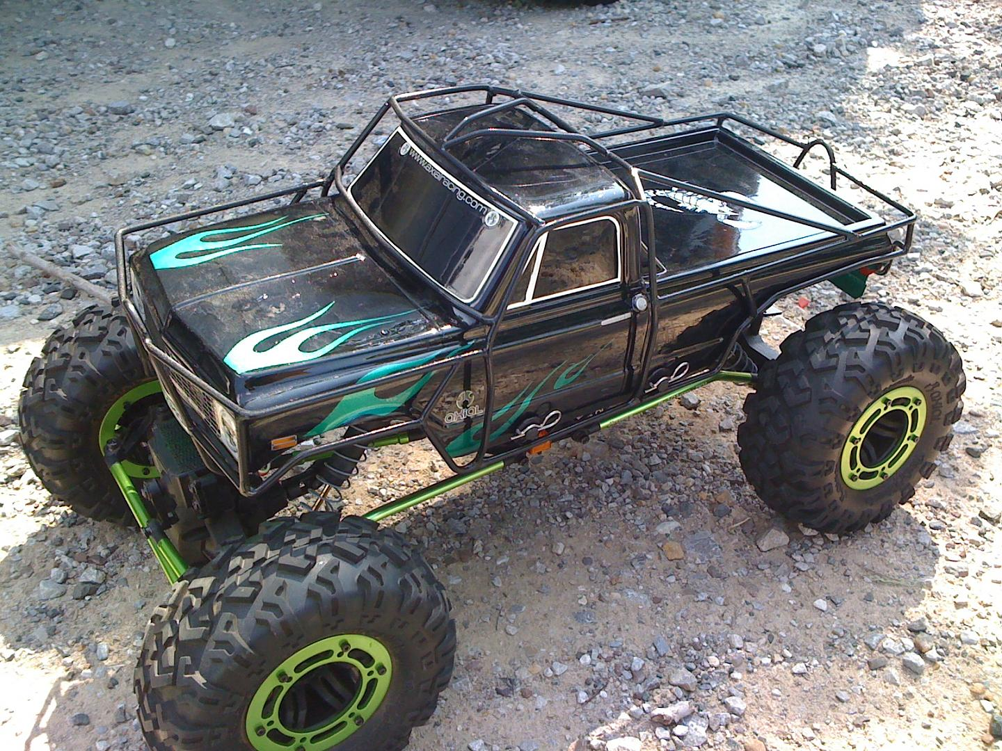 2-AXIAL AX10 ROCKCRAWLERS FOR SALE CUSTOM BUILT EXO CAGE ...