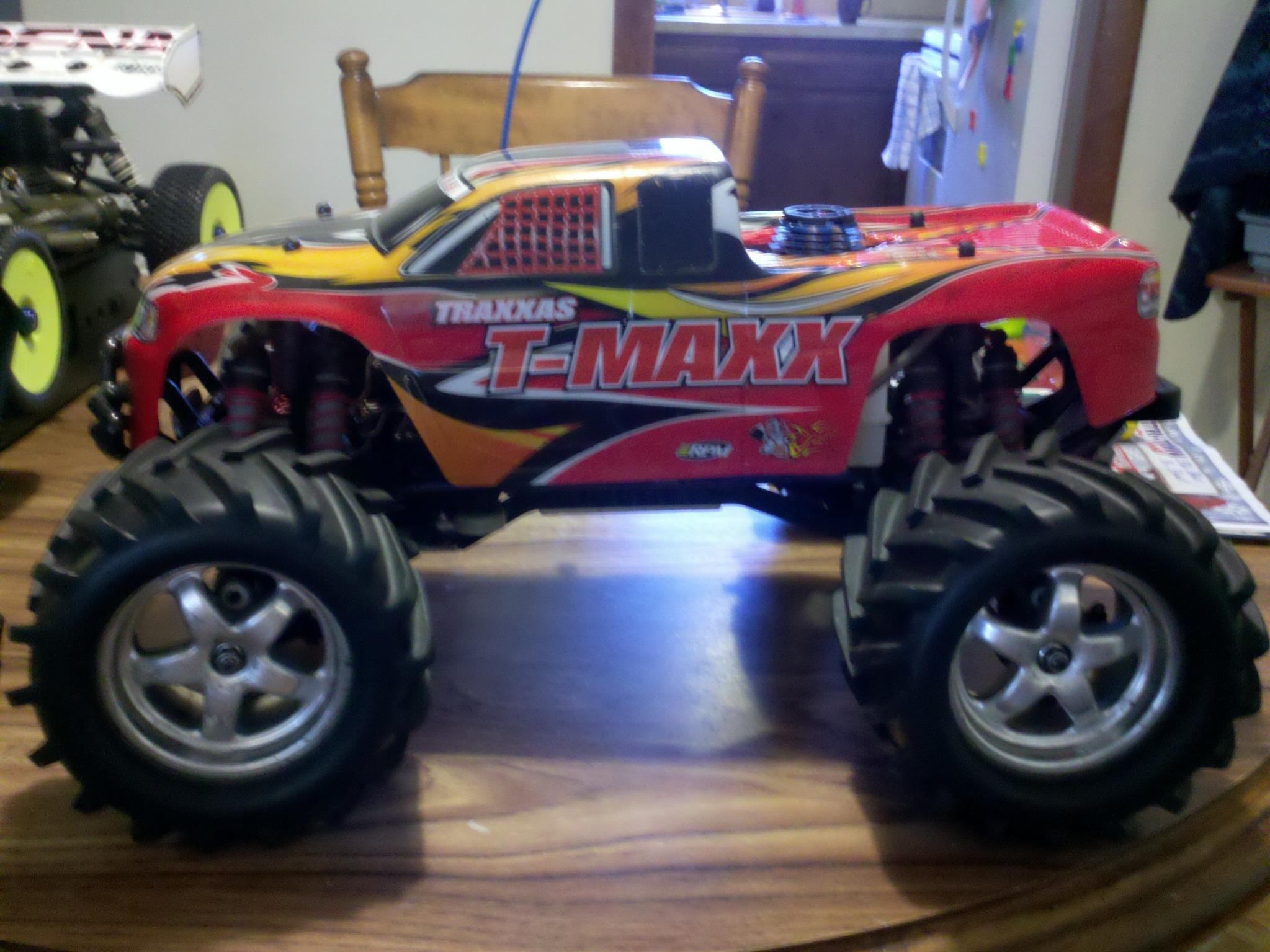 traxxas t maxx 2 5r r c tech forums. Black Bedroom Furniture Sets. Home Design Ideas