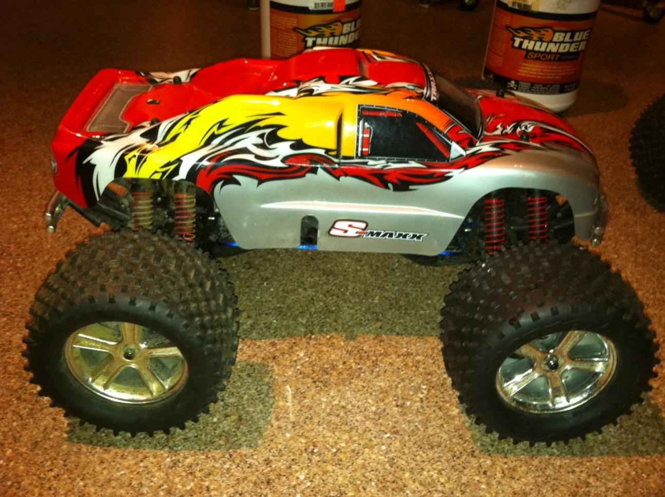 two traxxas s maxx with very little run time r c tech forums. Black Bedroom Furniture Sets. Home Design Ideas