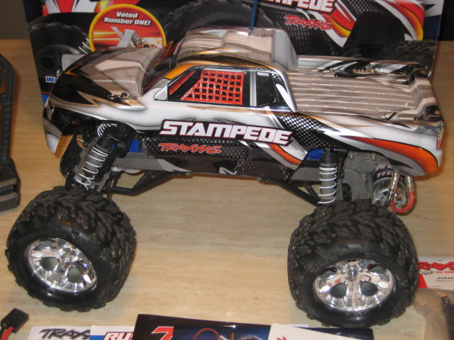 TRAXXAS 2WD STAMPEDE 4 SALE Rc Cars 002