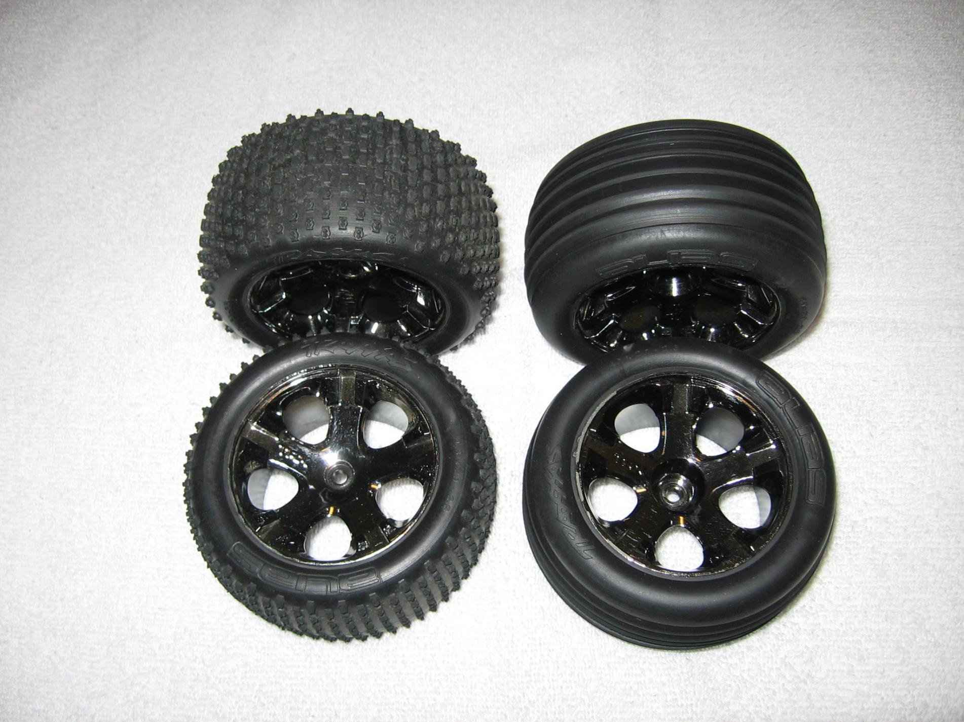 Traxxas Rustler VXL Tires & Wheels rustler vxl