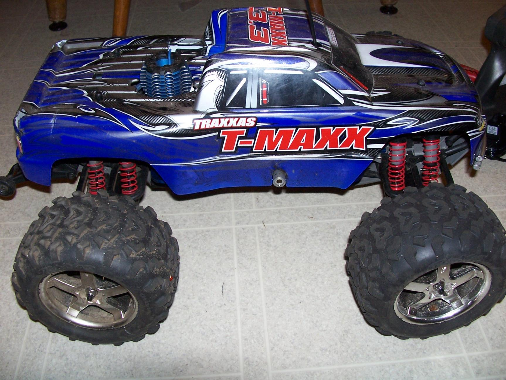 traxxas t maxx 3 3 stock like new cheap r c tech forums. Black Bedroom Furniture Sets. Home Design Ideas