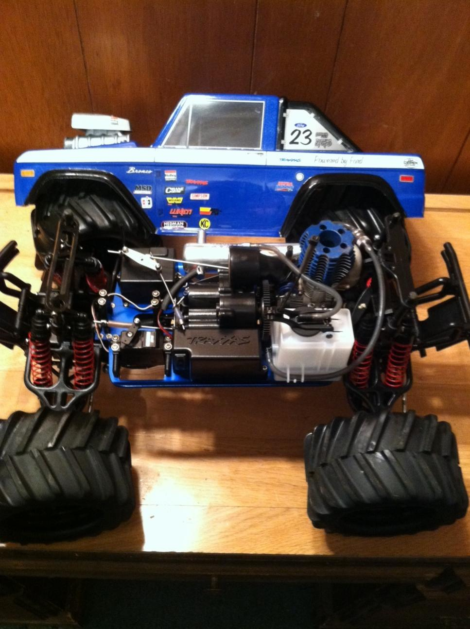 traxxas t maxx like new with great body r c tech forums. Black Bedroom Furniture Sets. Home Design Ideas