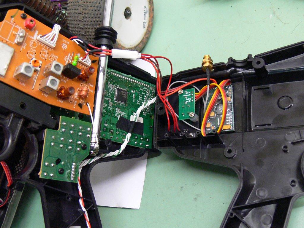 Corona 2 4ghz Diy Kit Convert Old Radios To 2 4ghz R C