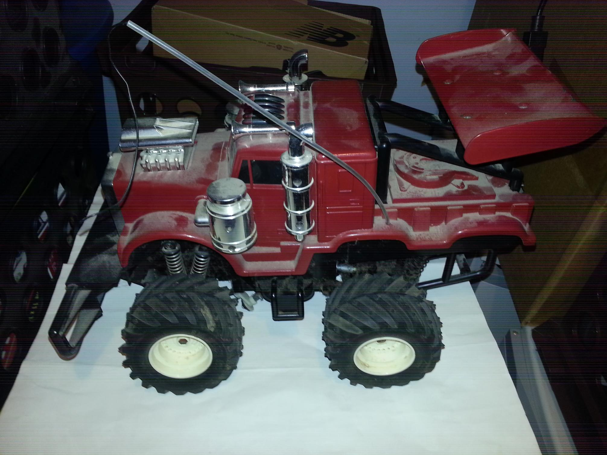 Help identifying vintage Radio Shack RC truck - R/C Tech Forums