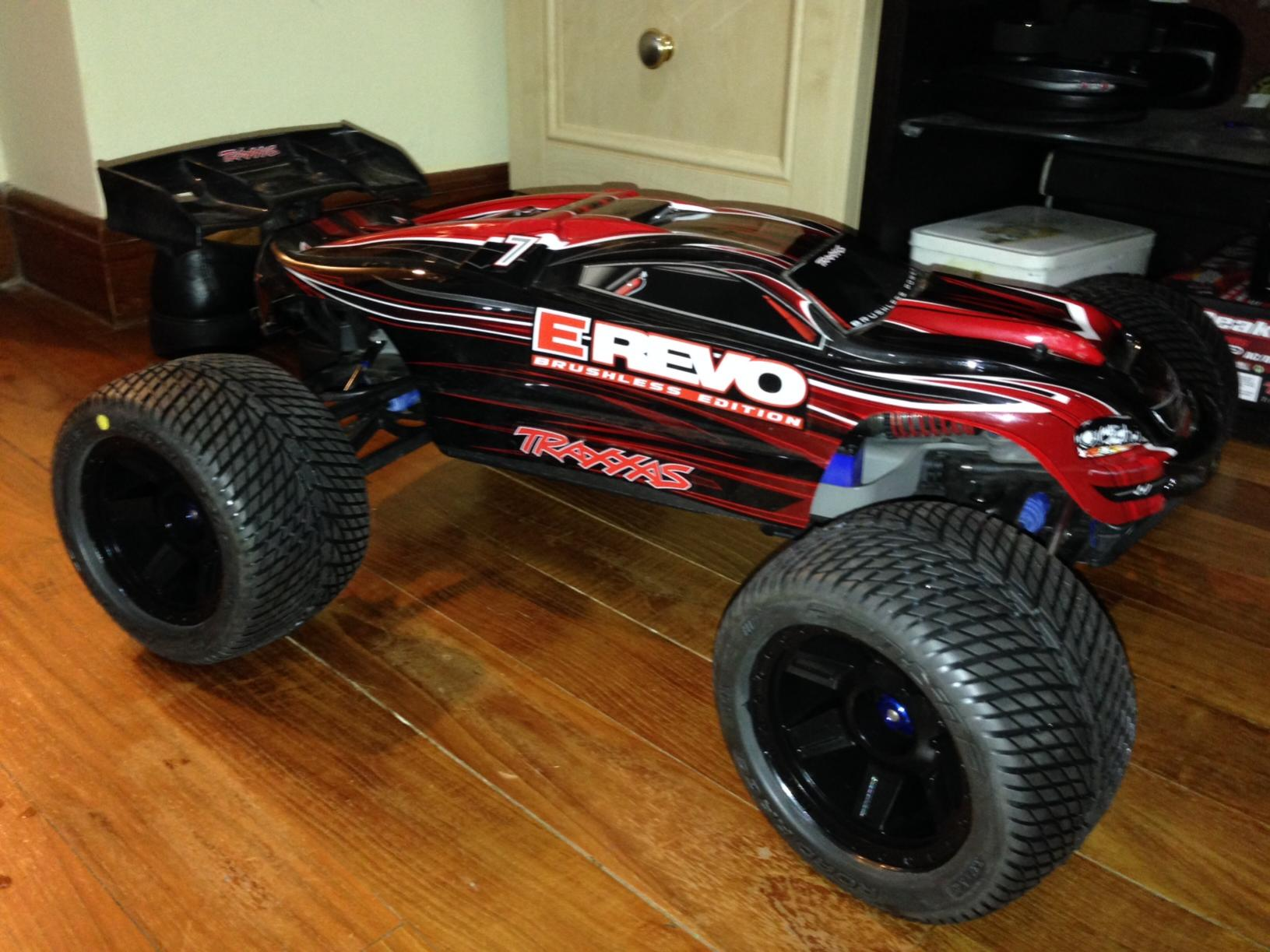 Traxxas E Revo 1 10 Scale Brushless With Upgrades R C
