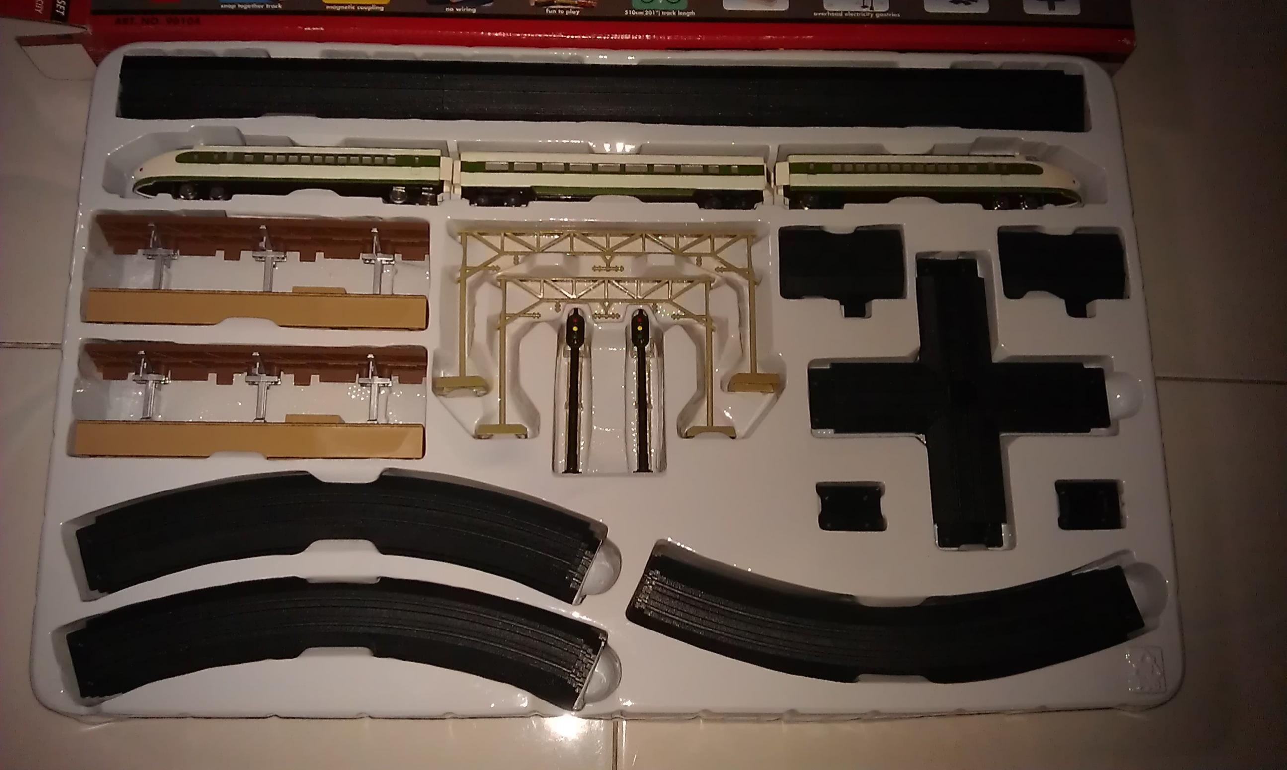 WTS Non RC battery operated 'N' scale train set - R/C Tech