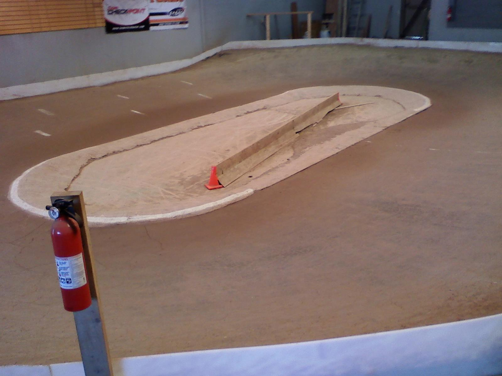 indoor dirt oval     albany,ny - R/C Tech Forums