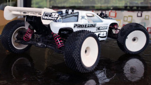 Xray XT8 e-converted by RC Monster, MMM combo