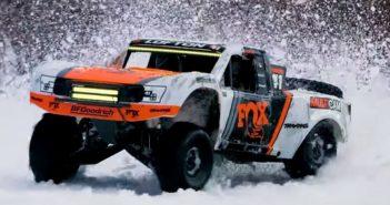 Traxxas Unlimited Desert Racer Snow Session